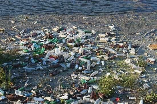 guerra alla plastica in mare