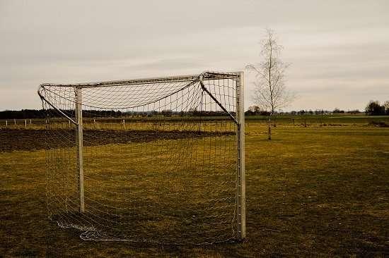 vecchia porta gioco calcio